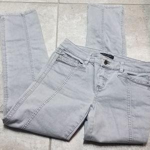 White House black market blanc slum ankle jeans